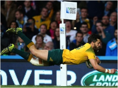 Adam Ashley Cooper scored a hat trick of tries for Australia