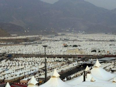 Sunni Saudi Arabia has to notch tent city ready for 1.5 million people, yet takes no refugees