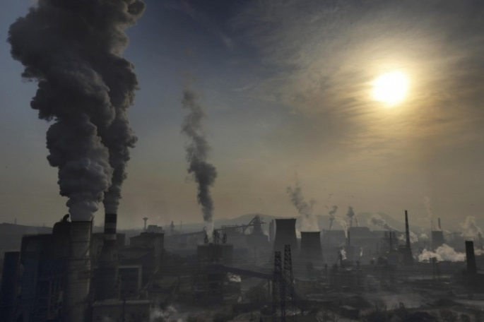 hebei-provincehighly-polluting-heavy-industries-such-as-steel-cement-and-coal-power